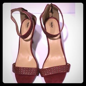 Mossino Red Studded Sandals